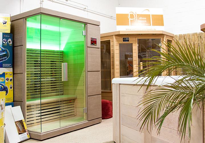 wellness whirlpool sauna pool b der ausstellung m nster. Black Bedroom Furniture Sets. Home Design Ideas